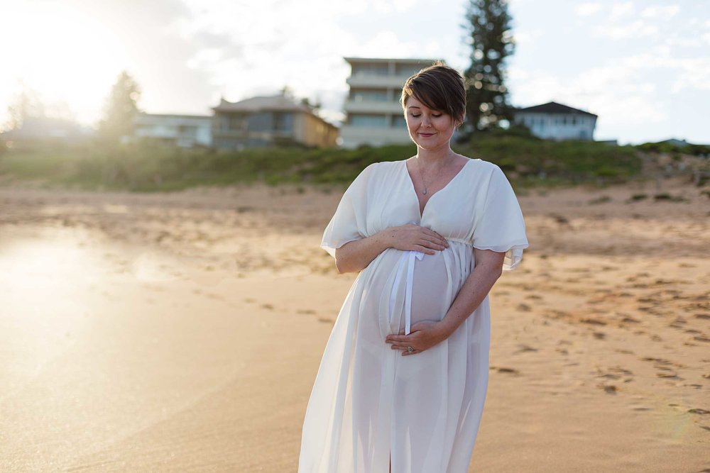 sunset beach maternity photography sydney