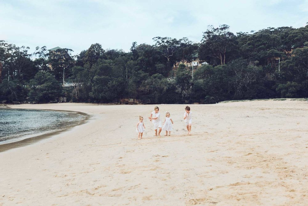 balmoral-beach-family-photographer-sydney.jpg