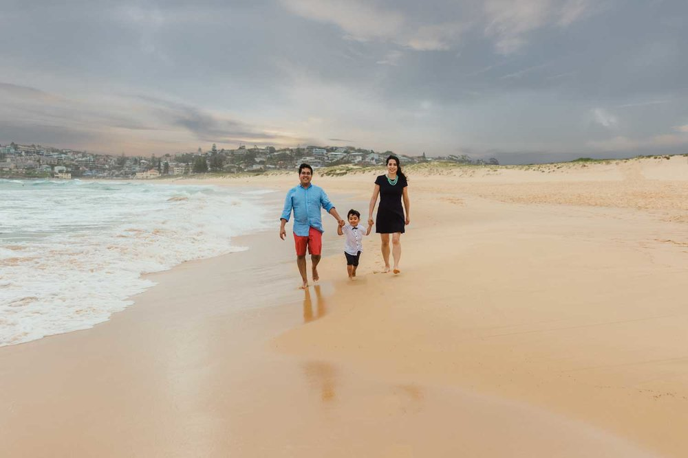 Sydney-Family-photographer-curl-Curl-beach.jpg