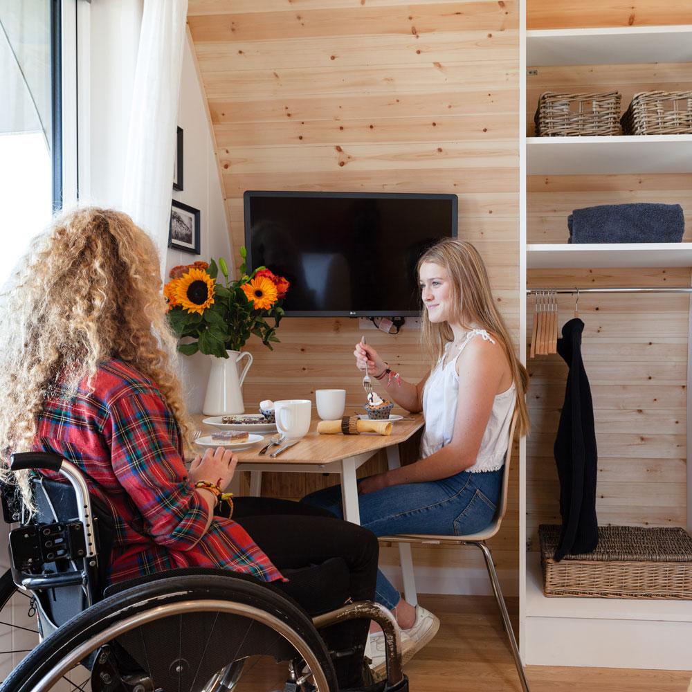 wheel-chair-friendly-holiday-cabin-3.jpg