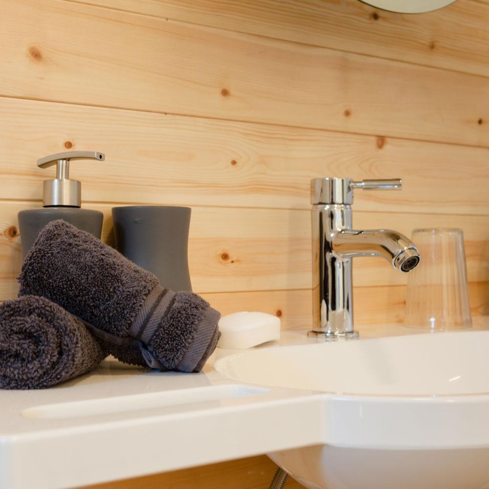 luxury-garden-pod-cabin5.jpg