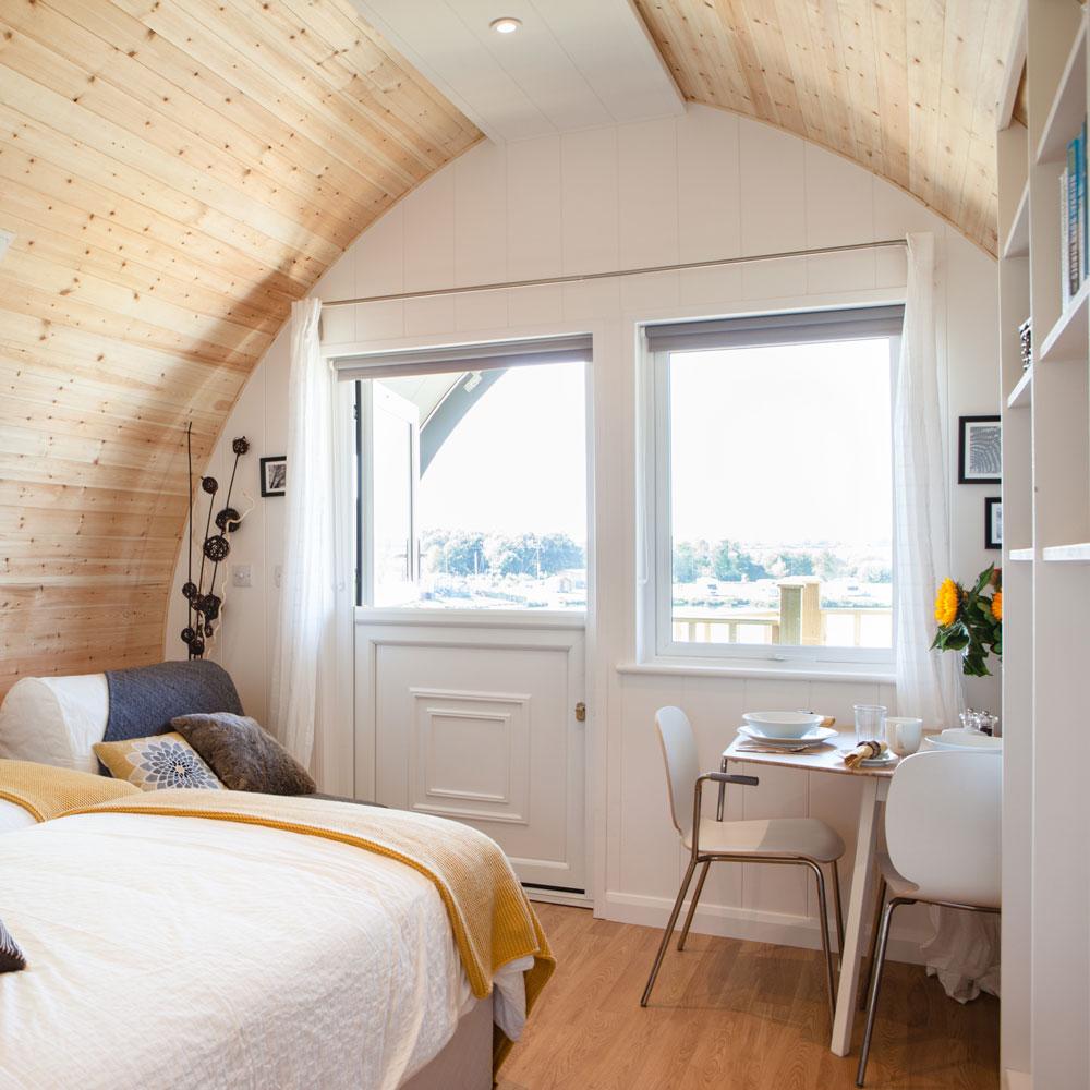 luxury-garden-pod-cabin3.jpg