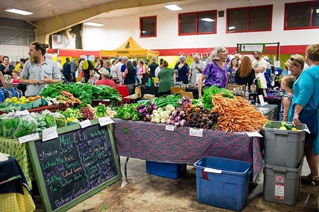 Have you been to the @maboufarmersmarket_ ? It is such a great venue. Full of organic food and produce. And of course local artwork. As far as we know it's the second biggest farmers market in Nova Scotia! . . . . . . @visitcapebretonisland  @visitnovascotia  #Mabou #maboufarmersmarket  #capebreton