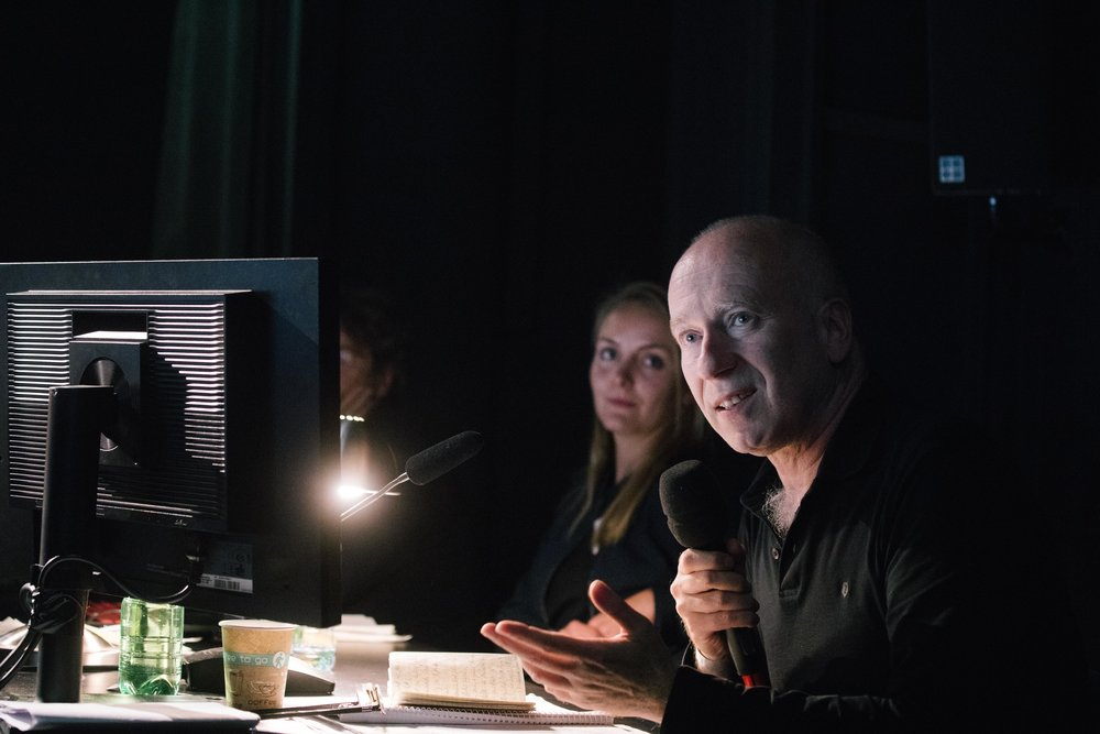 Joseph Vogl at the critics table © Eike Walkenhorst