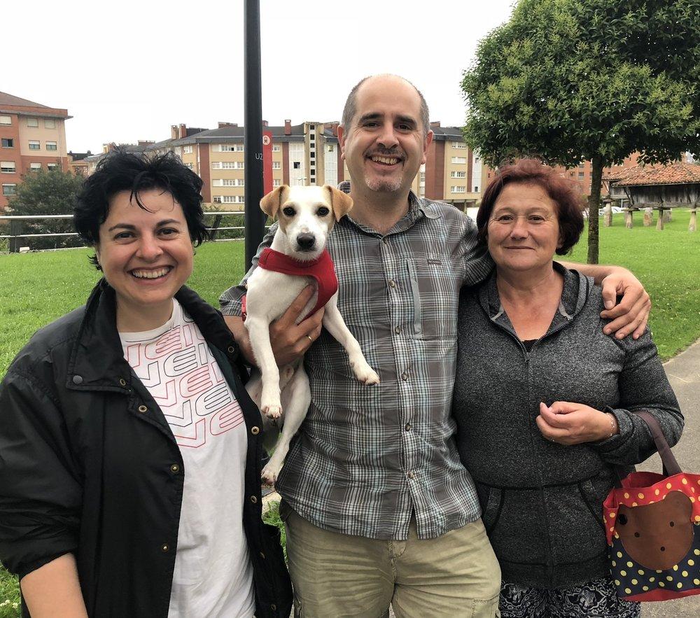 Con Eva, Fran y Pili en Oviedo.