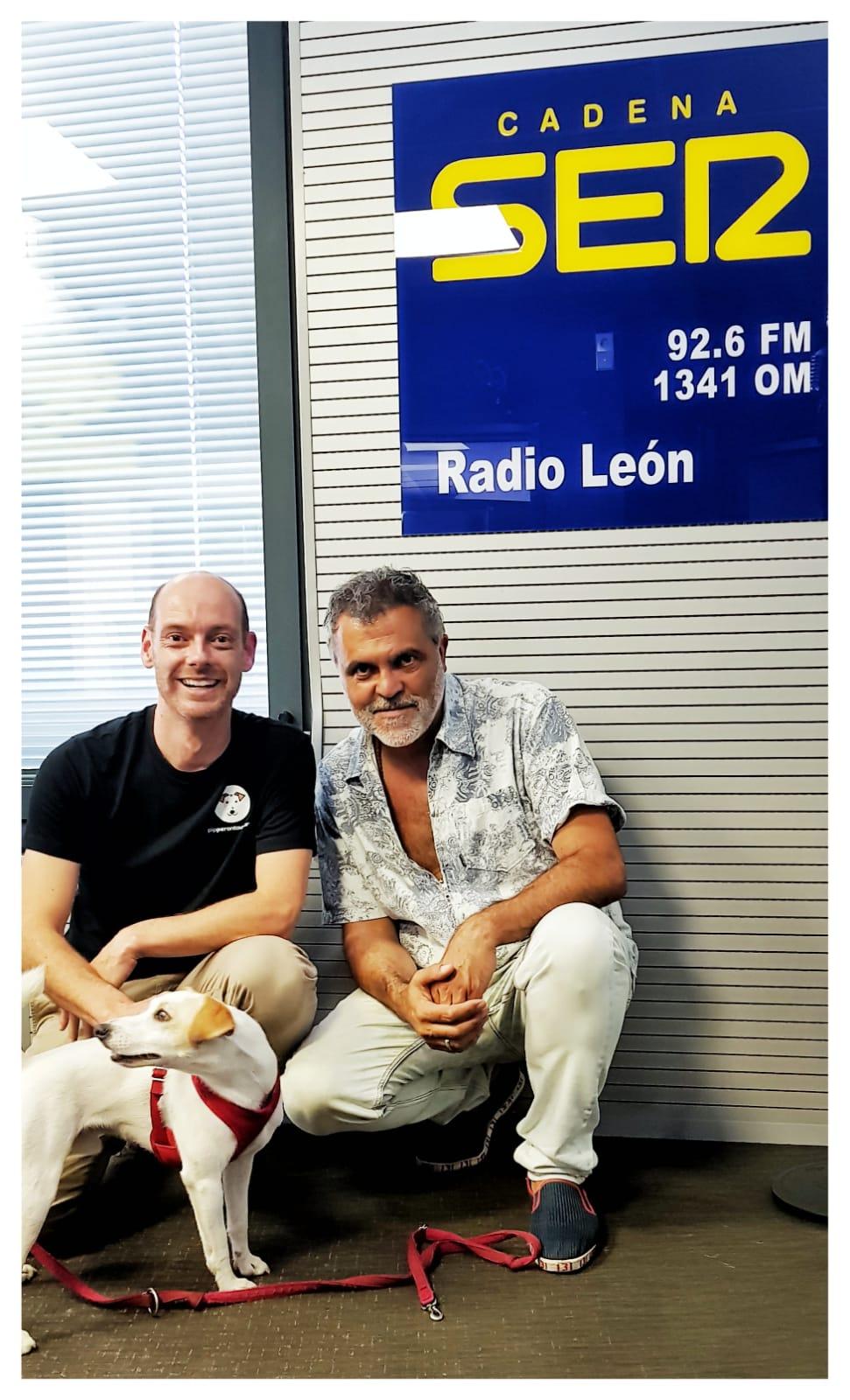 Con José Manuel y Pablo en Radio León.
