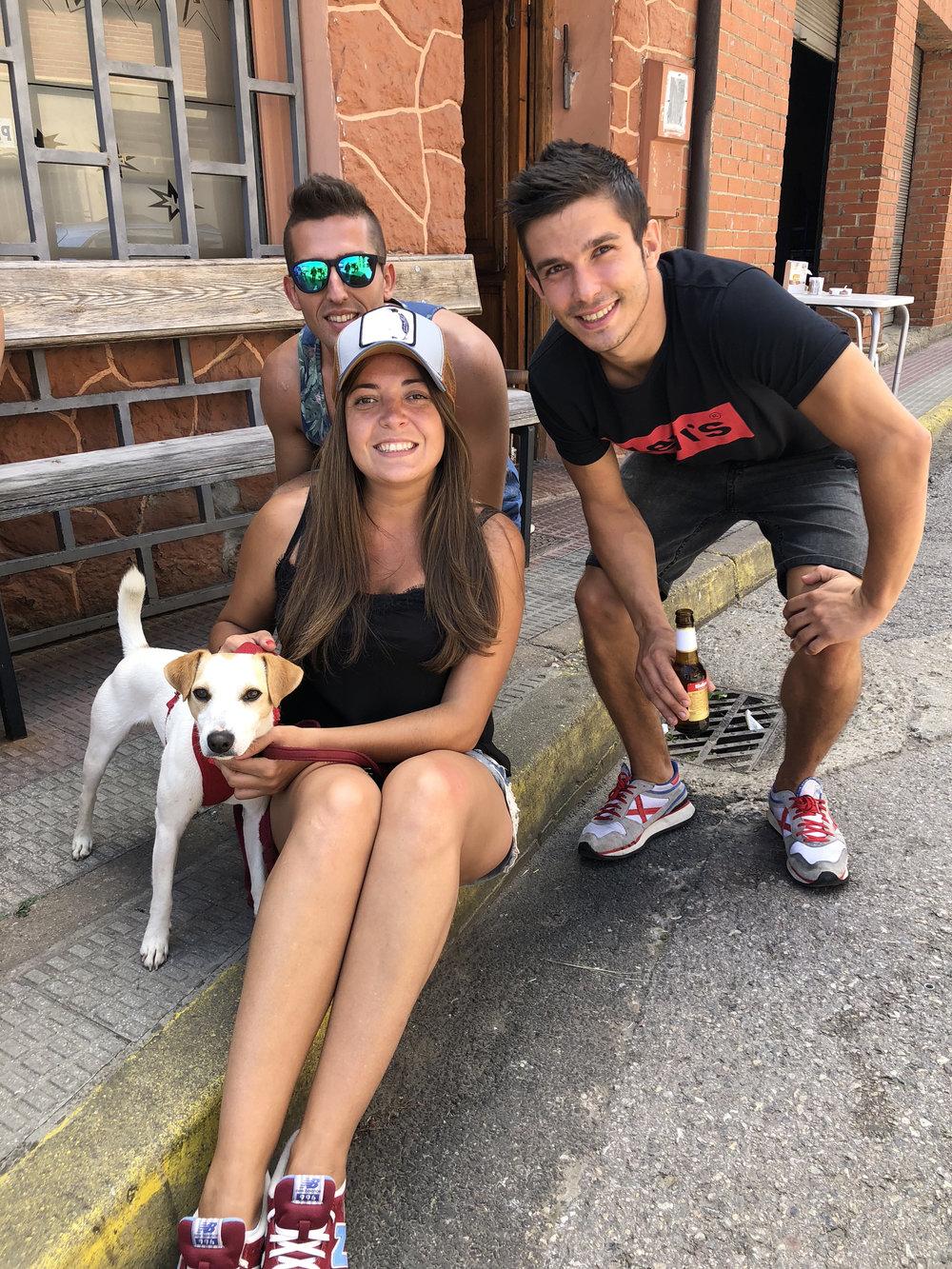 Con Mónica, Adrián y Miguel en Sabero.