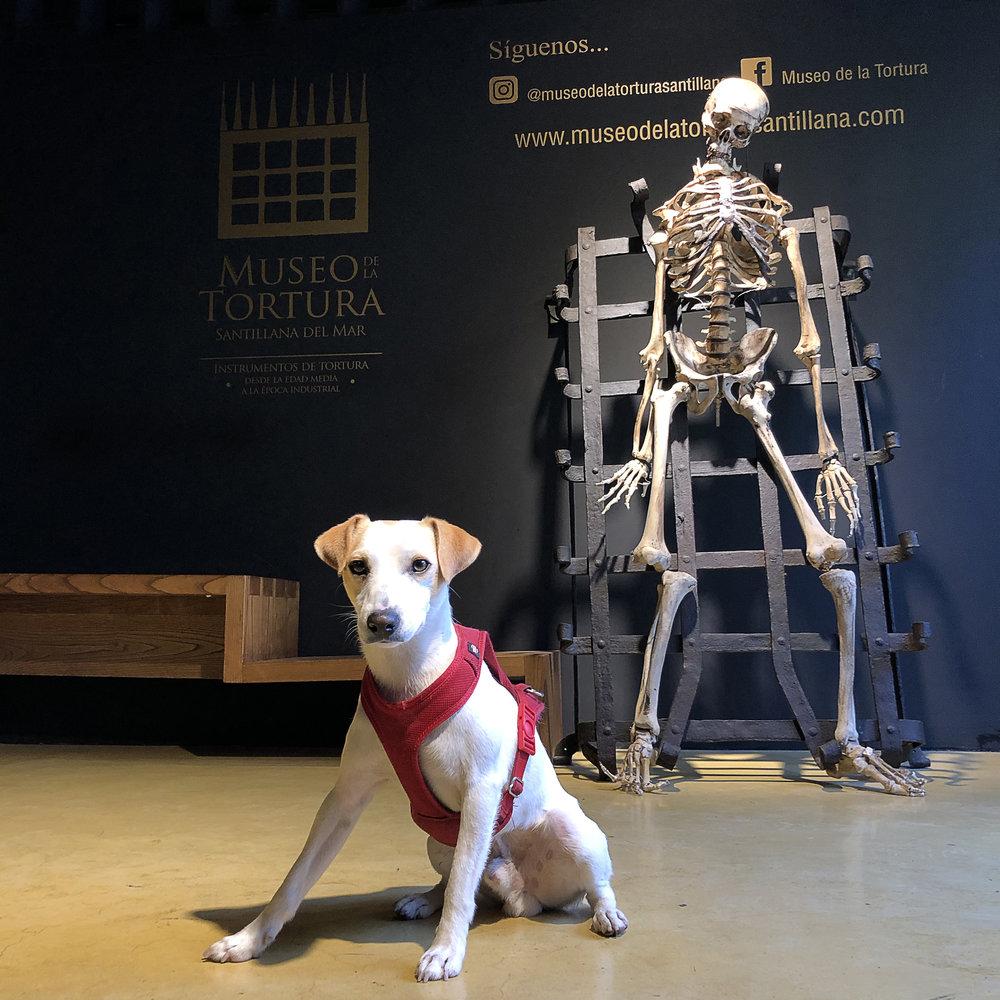 En el Museo de la Tortura, en Santillana del Mar.