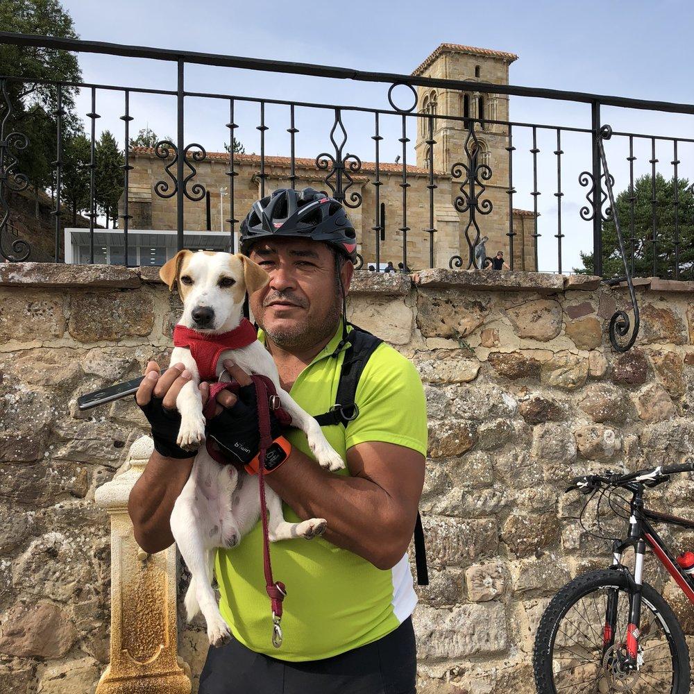 Con Vicente en Santa Cecilia, en Aguilar de Campoo.