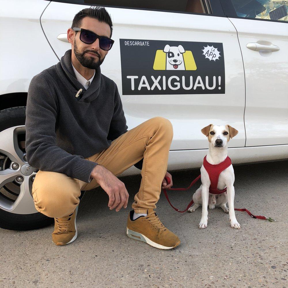 Con Jaime, de Taxiguau, en Zaragoza..