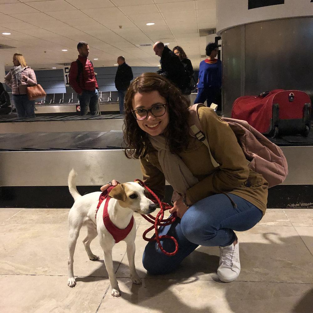 Con Eva en el aeropuerto de Madrid.