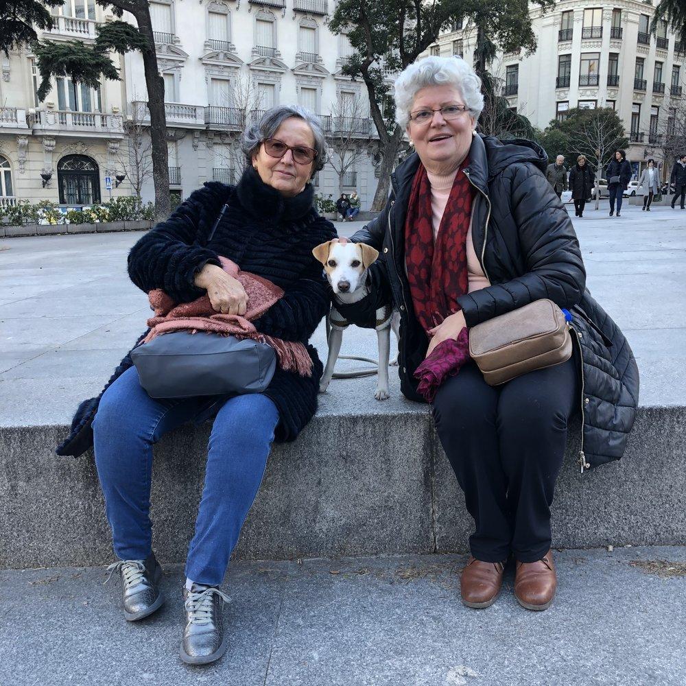 Con Maruja e Isabel.