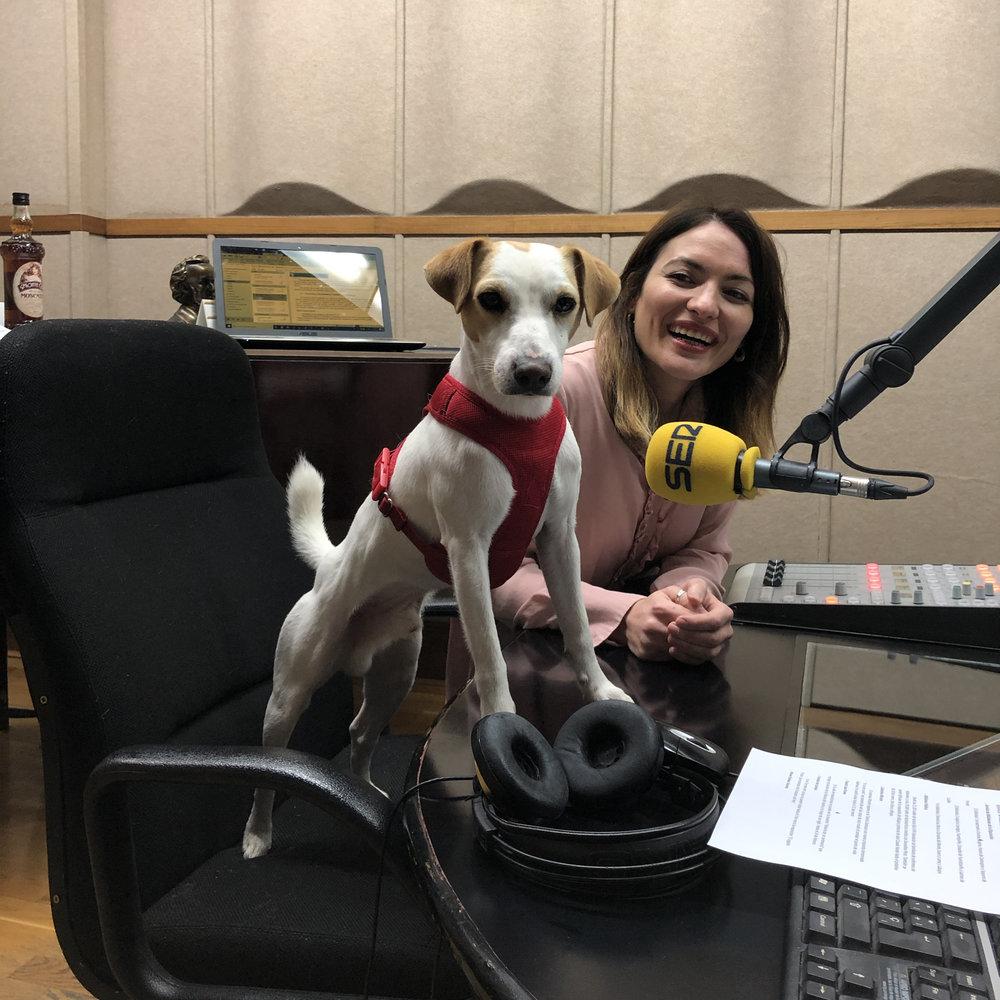 Con María en Radio Segovia.
