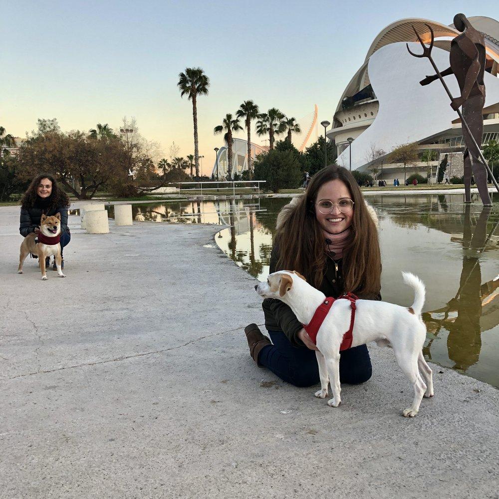 Con Briggith, Claudia y Fox en Valencia.