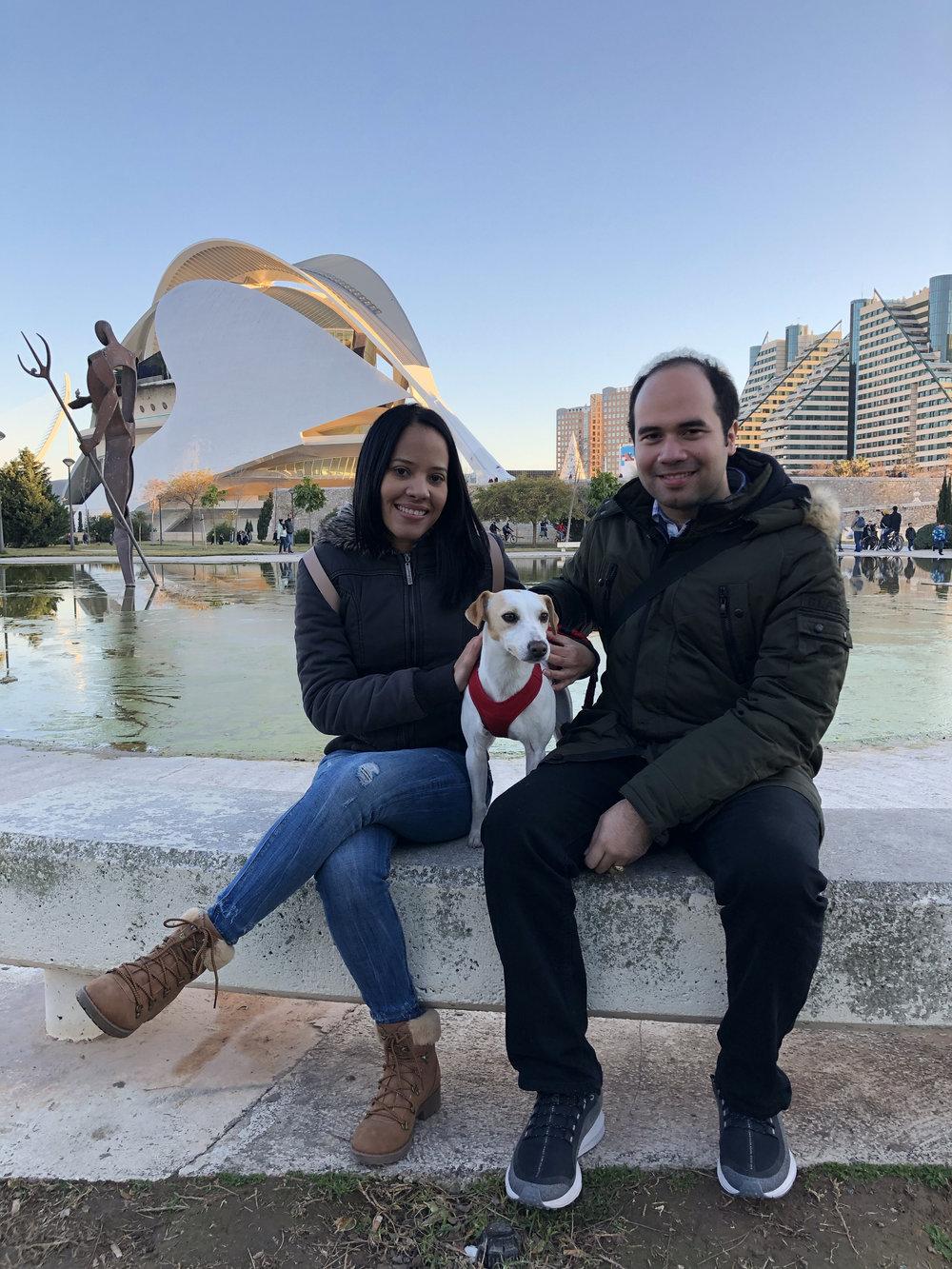 Con Ramón y Dayana en Valencia.