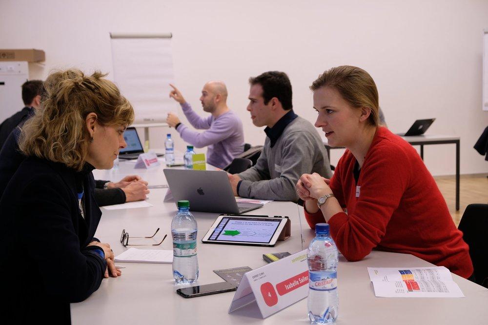 Bildquelle: >>venture<< Im Bild bin ich an den Clinic-Tagen 2018 im Gespräch mit Johanna Herbst, Gründerin von Delygate.com. Heute ein Jahr später hat sie mit ihrem Projekt schon ordentliche Fortschritte gemacht: www.delygate.com