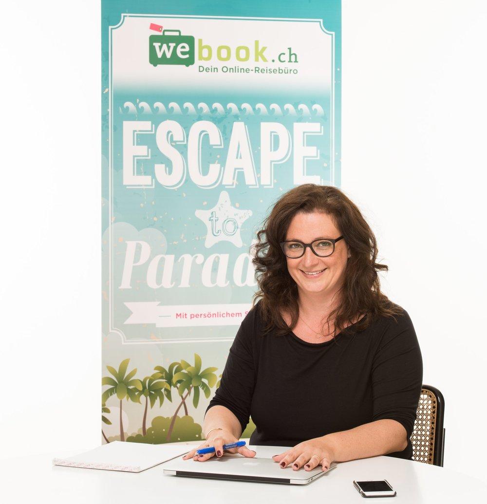 Nathalie Sassine, Gründerin von webook.ch - Von Nathalie Sassine, Gründerin webook.ch will ich wissen, warum sie «fast nur» mit Frauen zusammenarbeitet und welche neue Geschäftsidee sie bereits auf der Starlinie positioniert hat. Einen fixen Arbeitsort erachtet sie für sich und ihr Team als komplett überbewertet. Vertrauen dafür aber als umso wichtiger.