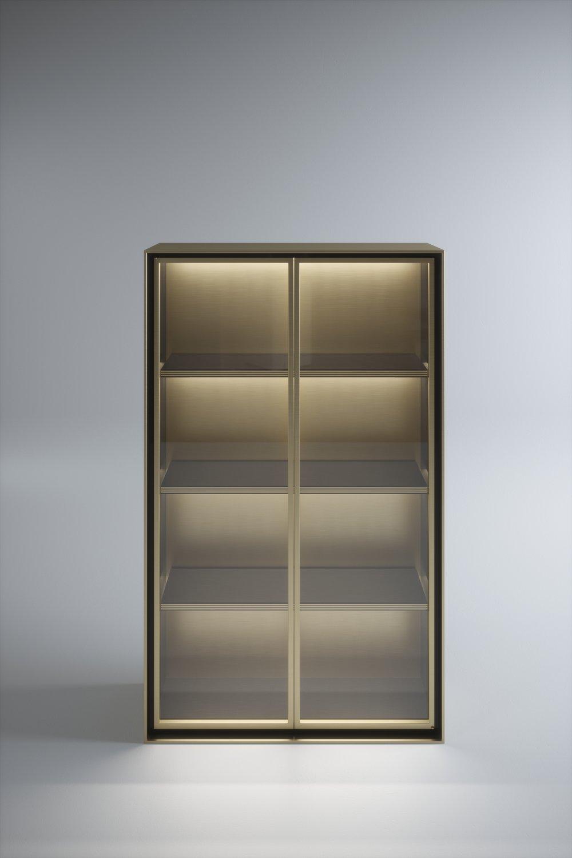 Bookshelf_002.jpg
