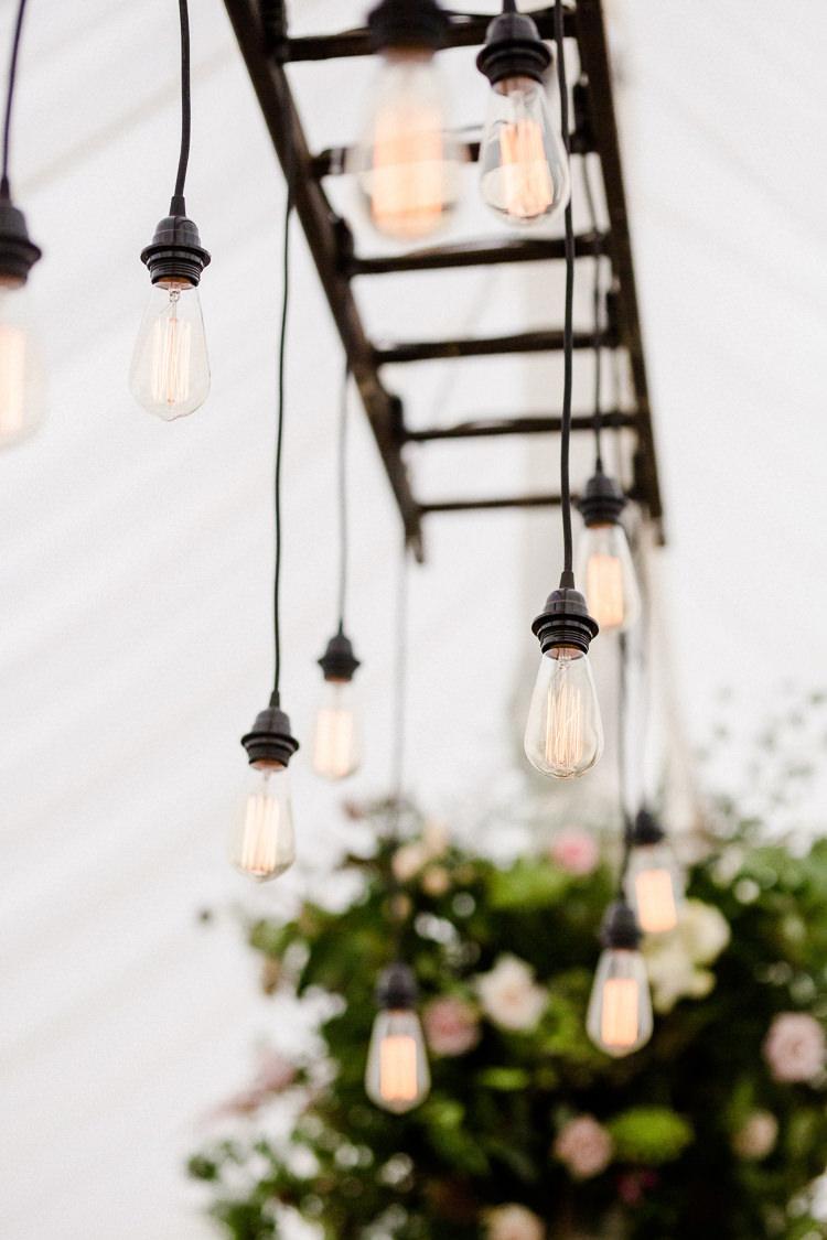 Source:  Whimsical Wonderland Weddings
