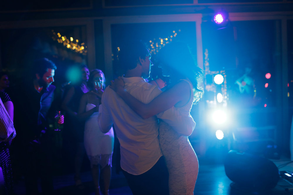 cape-town-wedding-sound-Tobie-and-lileen-reception-dancing-lights-myohmy-entertainment.jpg