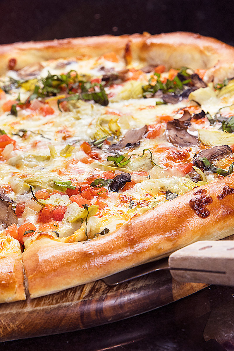 Windward Bar & Grill California Pizza