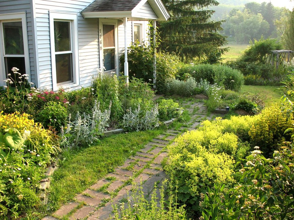 landscaping-ideas-front-yard-mississippi-budget-landscaping-small-backyard-landscaping-ideas.jpg