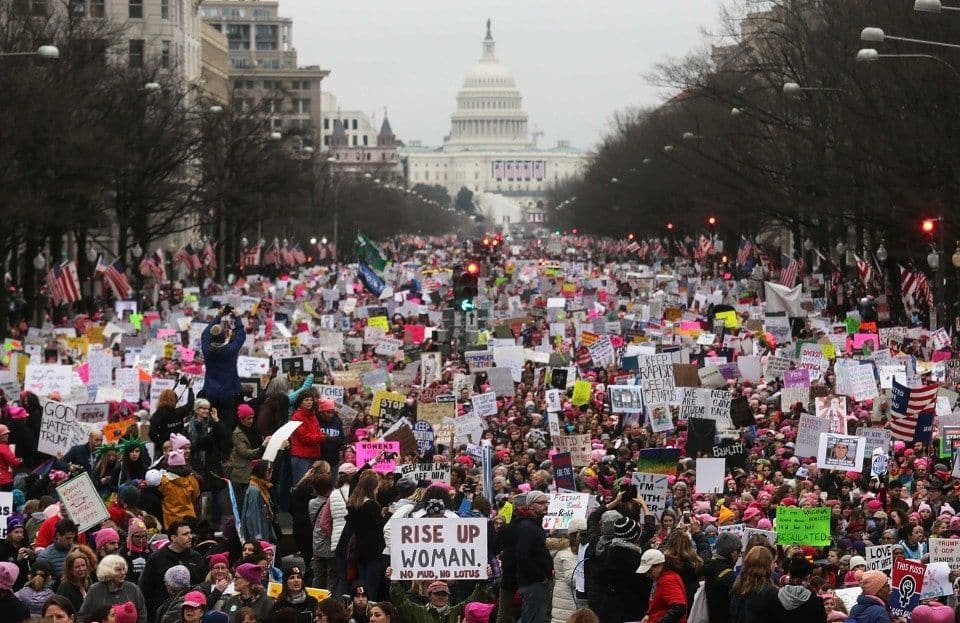 The wave that's building for November may not be blue so much as pink.jpg
