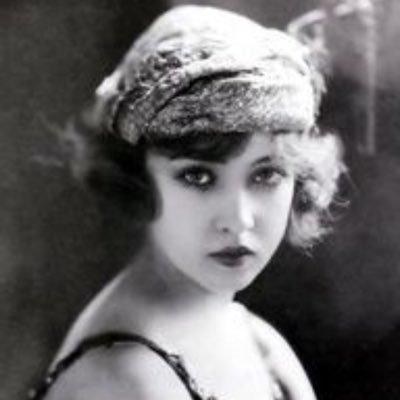 Doris Eaton Travis.