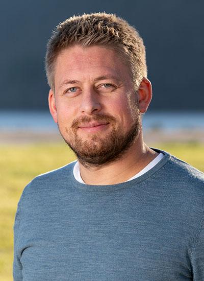 Petter Arne Aarseth  Byggeleder - Arkitekt  petter@fylling-bjorge.no