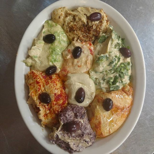 Did you know we have 8 kinds of hummus? How many can you name? Scroll down for answers. . . . . . . . . . Traditional Kalamata olive Cilantro Scallion Garlic Roasted red pepper Harissa Sun dried tomato . . . . #chapelhill #chapelhilldining #chapelhillnc #chapelhilleats #carborroeats #carborronc #uncchapelhill #franklinstreet  #healthyeats #healthyeating #freshfood #freshfoods #mediterraneanfood  #hummus #plantbaseddiet #plantbased #veganoptions #vegansofnc #vegetarian #triangleeats