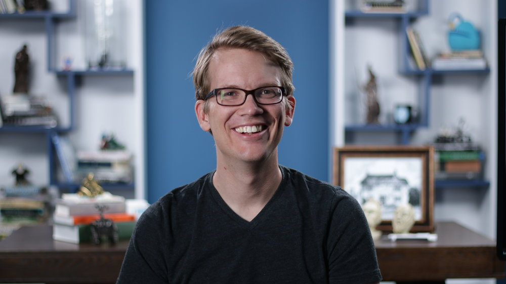 Hank Green Founder / Executive Producer / Host  Hank Green started making YouTube videos in 2007 with his brother, John. They thought it was a pretty dumb idea, but it turned out pretty well. In addition to his work with SciShow, Hank is the co-founder of VidCon, DFTBA Records, and Crash Course.