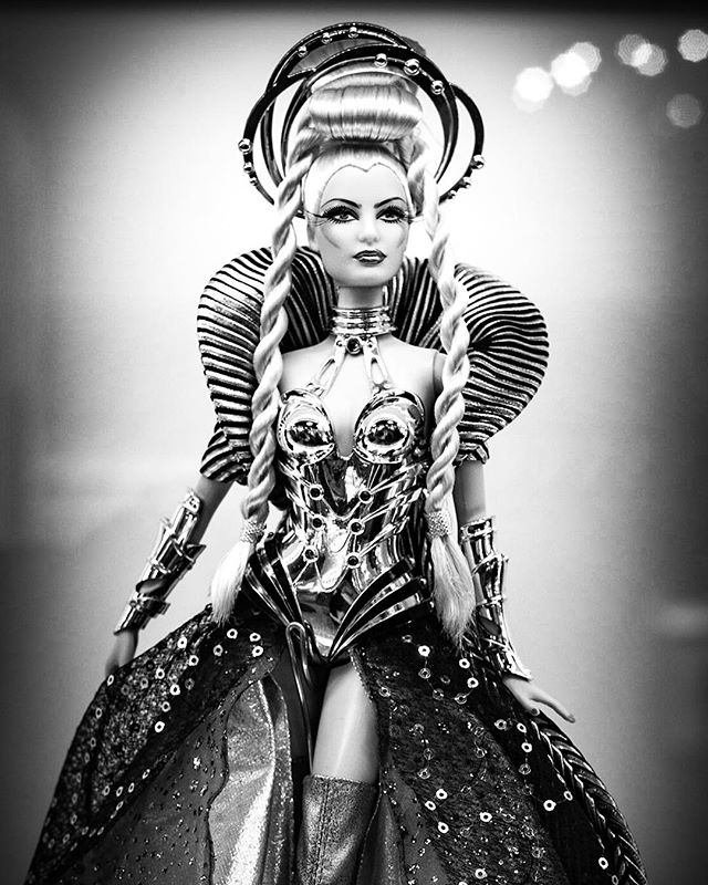 Goddess of the Galaxy • • • • • #barbie #bw #blackandwhitephotography #bnw_society #bnw_captures #bnw_life #bw_lover #blackandwhitephoto #bnw_planet #monoart #blackandwhiteuniverse #bw_photooftheday #noir #instablackandwhite #summilux #monochromatic #insta_bw #bnwmood #bwstyles_gf #noiretblanc #leicamonochrom #monotone #rsa_bnw #BlackandWhite #leica #leicacamera #leicacraft #leicamonochrom246  #mmonochrom #monochrome @blackandwhiteuniverse @leicacamera @leicacamerausa @leicahub @leicauk @leica_camera_italia @leicaimages @leicastoreboston —— 📸 Photo & Travel: shinyphotos.com ❤️ Instagram: shinyphotos 🐥 Twitter: @shinyphotos 🎥 YouTube: Shiny Photos