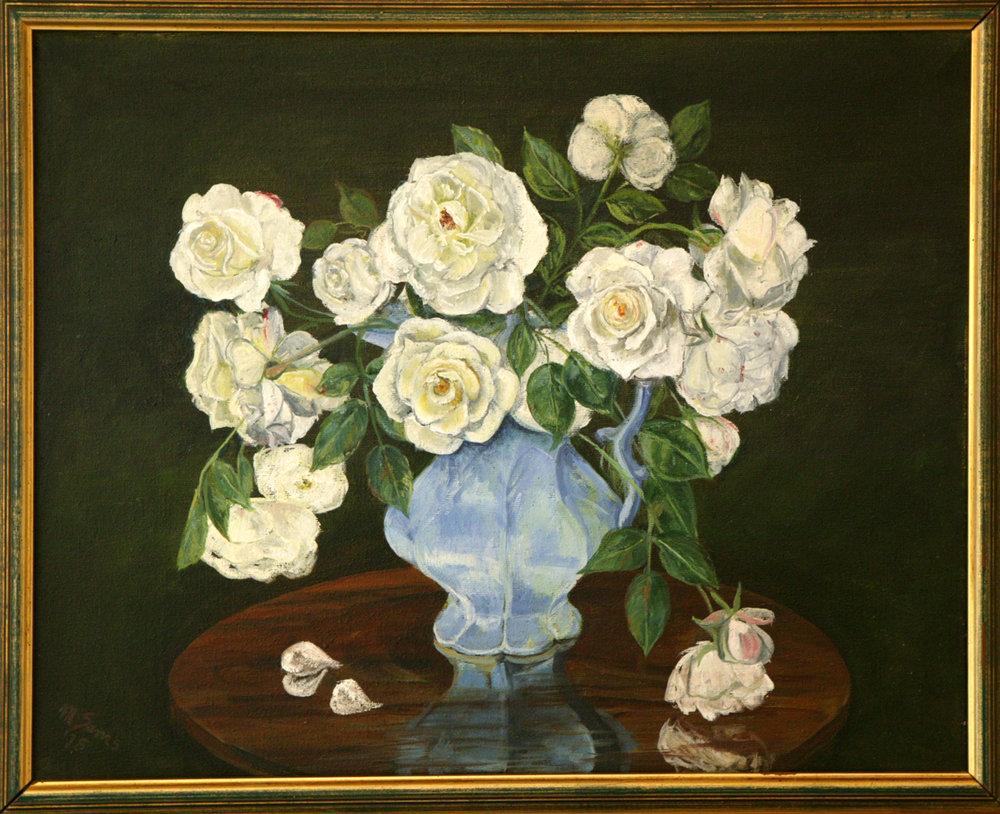 whiteroses.jpg