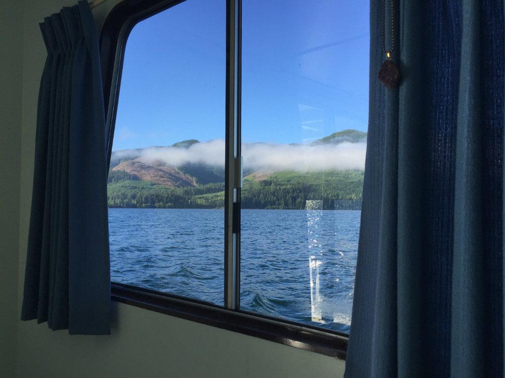 houseboat rentals bc.jpg