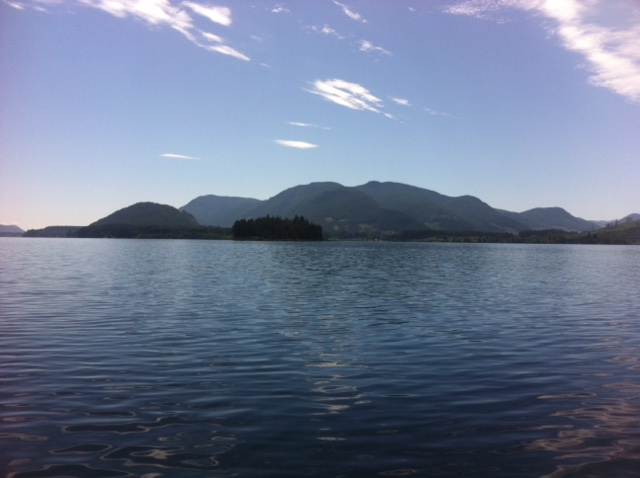 lake-cowichan-houseboat-rental.jpg
