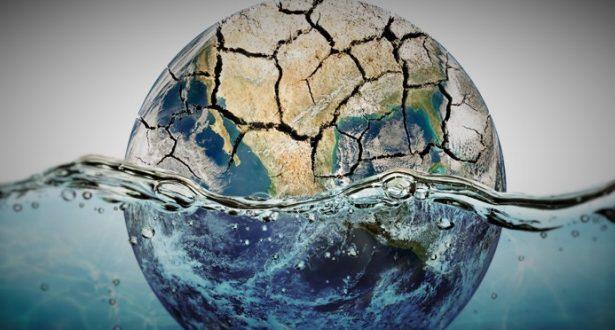 En este blog se hablará de la importancia del agua y que es lo que puedes hacer en tú trabajo para ayudar a cuidarla. Para nadie es un secreto que el agua es vital para al vida y por eso debemos tomar acciones para que no se desperdicie.