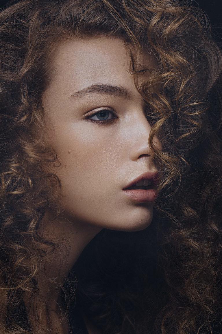beauty_photographer_gia_goodrich_curly_hair_destiny_taylor_hazel_jane_sm_08.jpg
