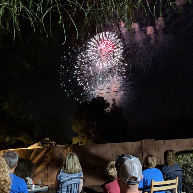 Happy 4th of July! One of our favorite things about our home is the front-row seat for fireworks, right in our backyard. So fun to share the holiday with friends. And homemade ice cream, of course. 🇺🇸🇺🇸🇺🇸
