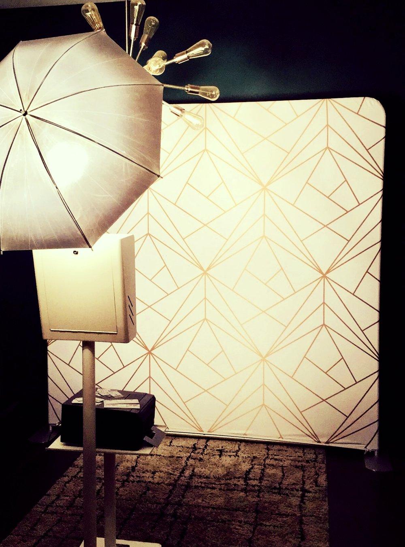Open Air Booth - Sleek, Modern, Group friendly