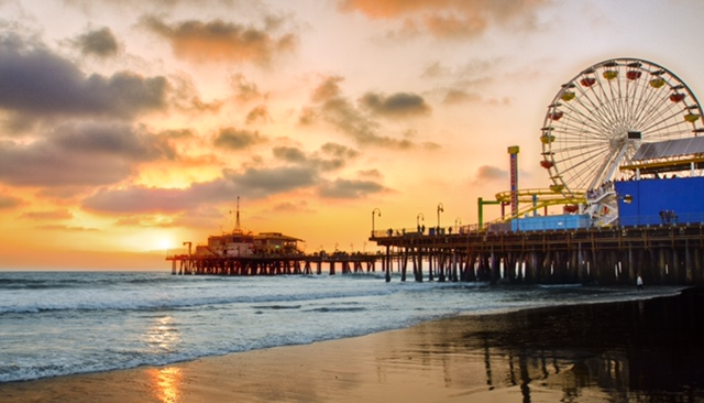 santa monica pier - Santa Monica is just pure beauty but also a ton of fun! Walking the pier you will see street artist entertaining the masses performing magic acts, original songs, or painting. You can also find the beach, carnival rides and carnival snacks.  Outside of the pier you can find great food, and outdoor shopping which are basically my favorite things!