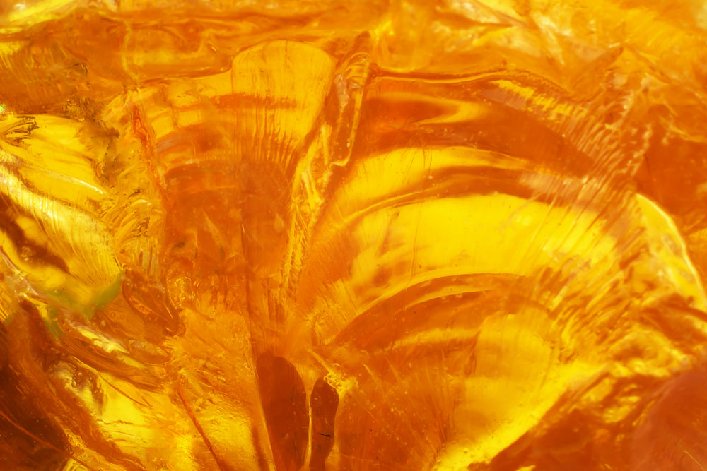 Amber Oil Resin - Amber Resin Oil Uses and BenefitsAmber oil can be used to support a variety of health benefits. The aroma, when used in a diffuser, is capable of helping one get a good night sleep.Amber oil is able to provide a variety of skin benefits. This includes being used to clean the pores. It has anti-aging properties and may rejuvenate the skin. It is capable of improving elasticity and manage skin conditions such as acne and eczema.Many claim that the amber oil is capable of spicing up their love life by acting as an aphrodisiac.Amber oil has also been used as a natural remedy for muscle aches and pains due to its analgesic properties.Amber oil encourages harmony and balance and helps to calm the mind.See our references at the bottom of this page for further information.