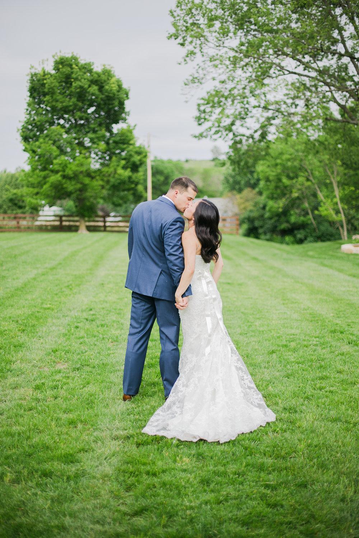 Prairiewood Retreat Wedding