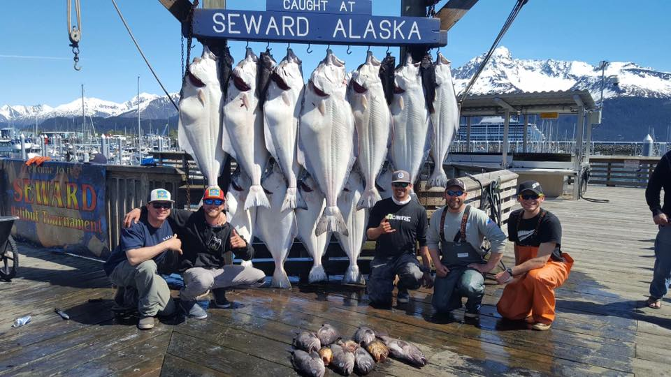 full_alaska-northern-outfitters-halibut-715126834738231.jpg