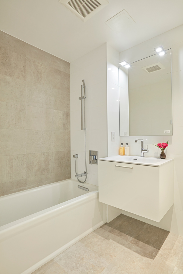 arcadia-27-bathroom-01.jpg