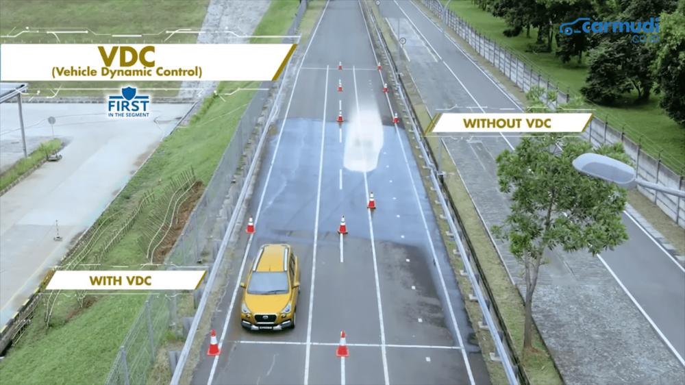 Vehicle Dynamic Control (VDC) merupakan fitur tercanggih yang tersemat pada Datsun Cross.