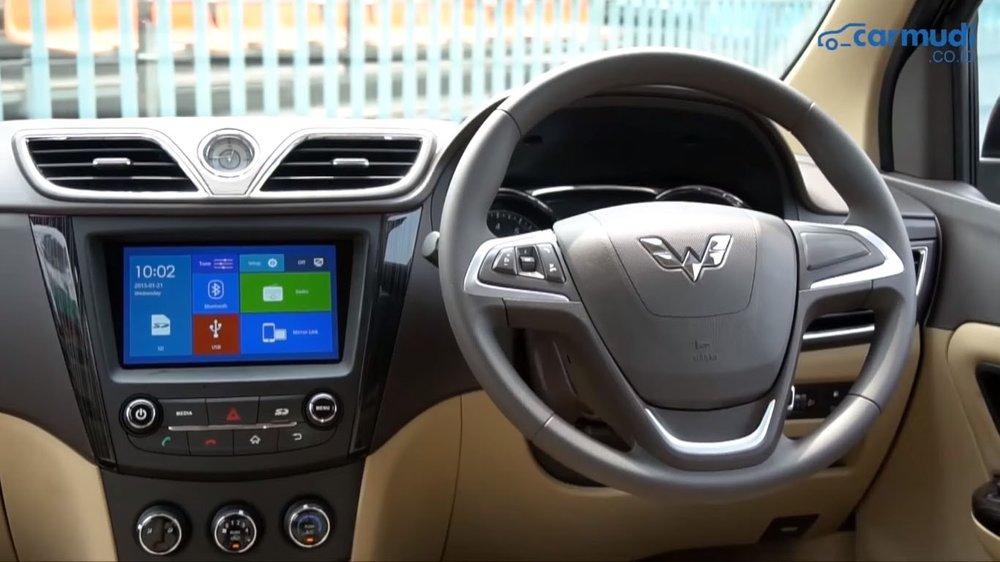 Interior Baris Pertama Wuling Confero S 2018-min.jpg