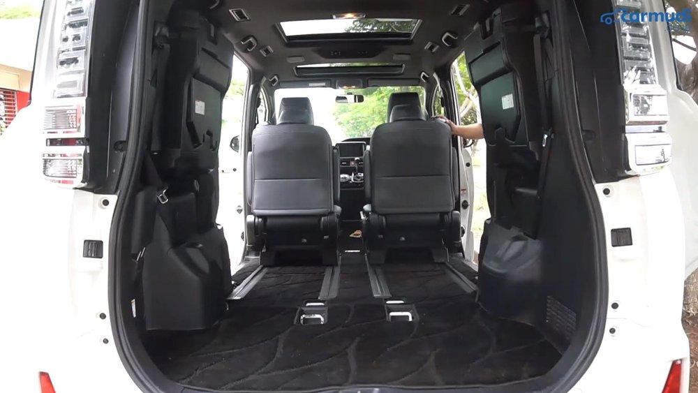 Toyota Voxy 2018 memiliki kabin dan bagasi yang sangat luas