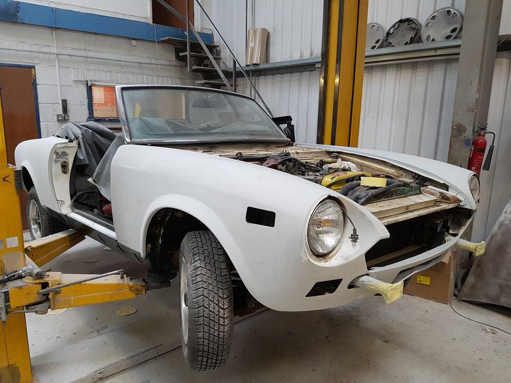 Fiat124Spider MOT.jpg