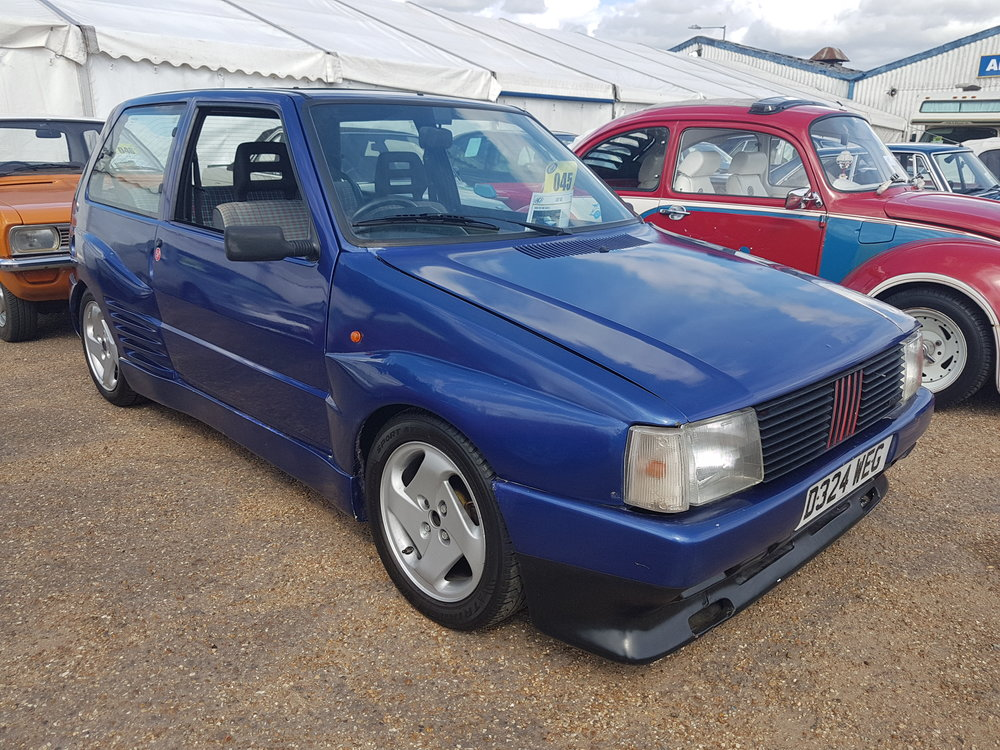Fiat Uno Turbo.jpg