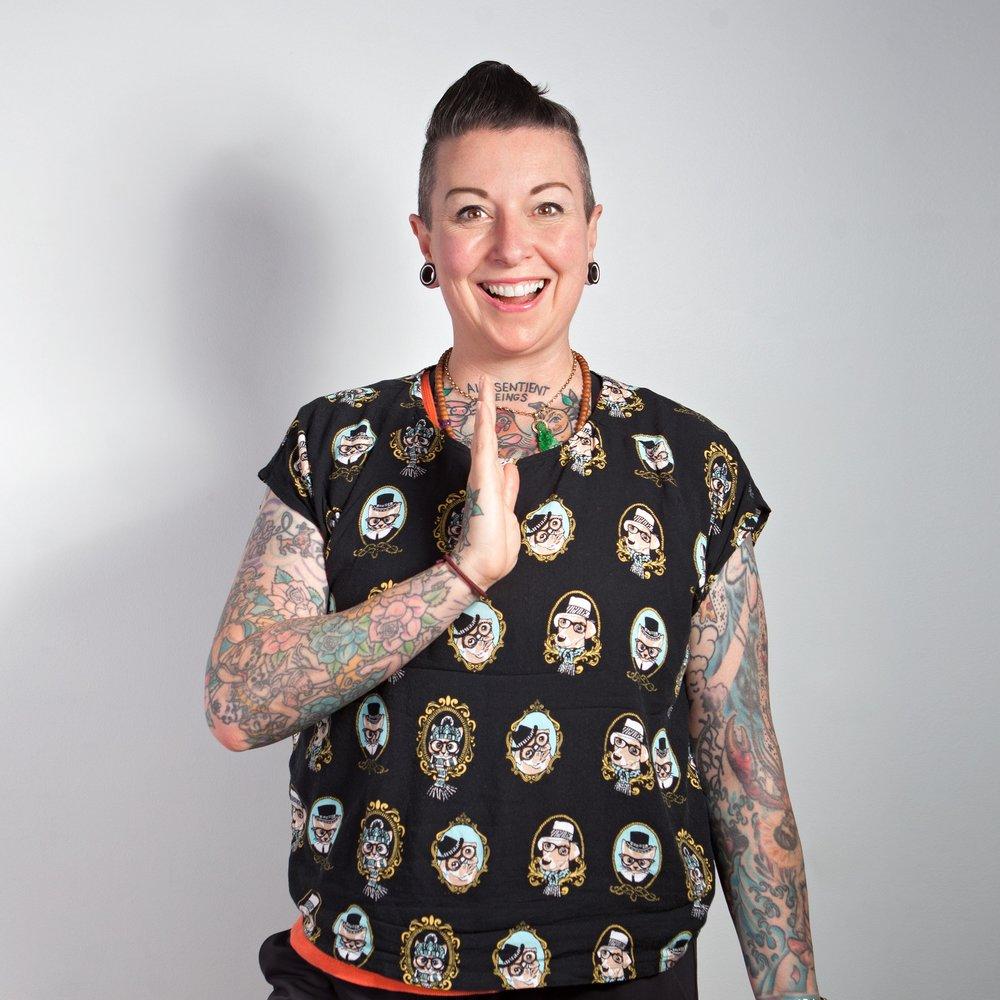Dr Polly McGee - Author, Digital Strategist & Good Hustler @ Polly McGee